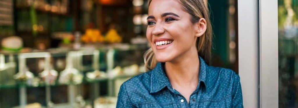 Kvinna som nyss startat eget företag