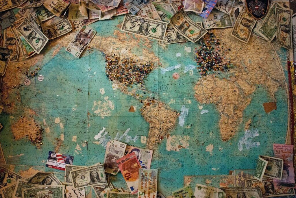 Dessa är de största hoten mot den globala finansmarknaden just nu enligt 8 experter